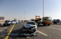 ABU DABI - Abu Dabi'de 44 Araç Birbirine Girdi Açıklaması 22 Yaralı