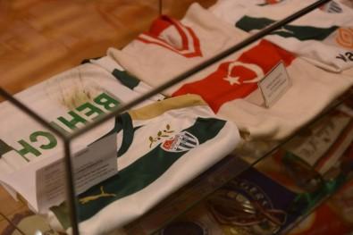 Bursaspor'dan Zeytin Dalı forması