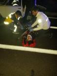SAHİL YOLU - Finike'de Trafik Kazası Açıklaması 2 Yaralı