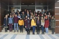 KUŞ BAKıŞı - Sarayköy'de Öğrencilere Kayak Hediyesi