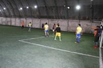 CENTİLMENLİK - Şemdinli'de Gençler Arasında  Futbol Turnuvası