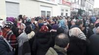 ÇALKÖY - Almanya'da Ölen Türk Aile Dualarla Trabzon'a Uğurlandı