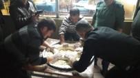 FUTBOL MAÇI - Gümüşkonaklı Gençlerin Pişmaniye Mahareti