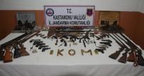 SİLAH KAÇAKÇILIĞI - Jandarma; Mühimmat Deposu Ve Çok Sayıda Silah Ele Geçirdi
