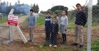 ARAZİ ANLAŞMAZLIĞI - 'Mağdurum' dedi öğrenci ve çiftçileri yolsuz bıraktı