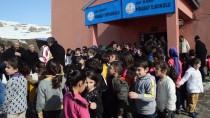 ABBAS AYDıN - Minik Rabia'nın Mektubu 50 Bin Öğrenciyi Isıtacak