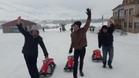 KAR TOPU - Özel Çocuklar Ovacık'ta Kayakla Tanıştı