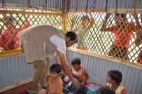 MÜLTECİ KAMPI - Sadakataşı Arakanlı Mülteciler İçin 3 Okul Daha Açtı