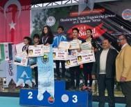 SOMA - Somalı Gençler Antalya'dan Madalyalarla Döndü