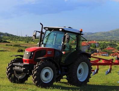 Traktör sayısı geçen yıl 72 binden fazla arttı