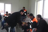 VERGİ DAİRESİ - Başkan Karayol Belediye Personeli İle Bir Araya Geldi
