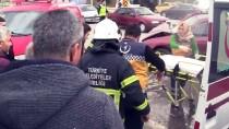 ÇAYAĞZı - Düzce'de İki Otomobil Çarpıştı Açıklaması 5 Yaralı