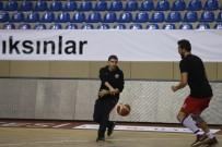 ANADOLU ÜNIVERSITESI - Eskişehir Basket'te Efes Hazırlıkları Sürüyor
