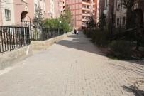 HALIL KAYA - Eyyübiye'de TOKİ Sokakları Aydınlatıyor