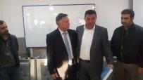 MUSTAFA AK - Kuşadası Esnaf Odası'nda Devir Teslim Yapıldı