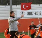 SÜLEYMAN ABAY - Osman Özköylü Hakemlerden Dertli
