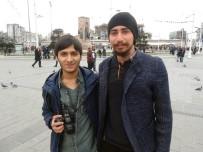 MADDE BAĞIMLISI - (Özel) Taksim Meydanı'nda  Psikoloji Öğrencilerinden İlginç Sosyal Deney