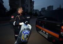 GENÇ KIZ - Siyanür Alarmına Neden Olan Toz, Polis Merkezine Götürüldü