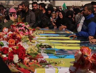 YPG'li teröristler için toplu cenaze töreni
