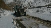 17 Kırsal Mahallenin Yolu Açıldı