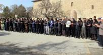 CAMİ İMAMI - Elazığ'da Kar Duası