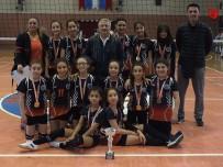 VOLEYBOL TAKIMI - Gazipaşa Ortaokulu Küçük Kızlar Voleybol Takımı İl Şampiyonu Oldu
