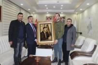 AK PARTİ İL BAŞKANI - İl Başkanı Aydın'a Portreli Hediye