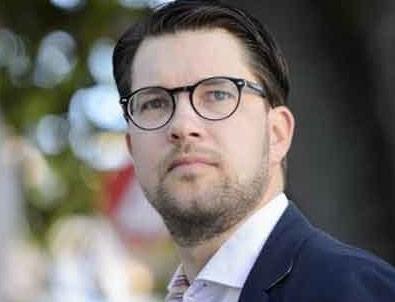 İsveçli Demokratlar Partisi liderinden skandal başörtüsü açıklaması