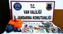 GAZ MASKESİ - Jandarmadan Tarihi Eser Operasyonu