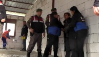 BELDIBI - Kemer'de Ruhsatsız Evler Yıkılıyor