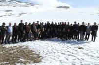 TAHIR AKYÜREK - Konyalı Muhtarlar Aladağ'a Tırmandı