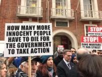 BIÇAKLI SALDIRI - Londra'da Öldürülen Hasan Özcan'ın Ailesinden Sitem