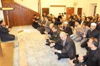 HÜSEYIN DEMIR - Mahalle Muhtarı Şehitler İçin Hatim Duası Okuttu
