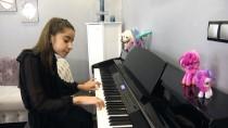 İLKOKUL ÖĞRETMENİ - Manisalı Minik Piyanistin Hedefi Dünya Ligi
