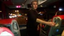 HATALı SOLLAMA - Otobüs Şoförlerinin Kural İhlalleri 'Yolcu' Polislere Takıldı