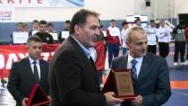 BARTIN VALİSİ - Yıldızlar Grekoromen Güreş Grup Şampiyonası
