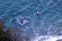 KILIMLI - Zonguldak'ta Otomobil 60 Metreden Denize Uçtu, Şoför Kayıp