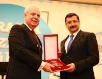 MAKEDONYA CUMHURİYETİ - Başkan Ak'a Avrasya Hizmet Ödülü