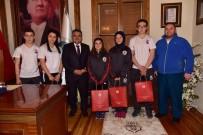 TEKVANDO - Başkan Yağcı Başarılı Sporcuları Ağırladı