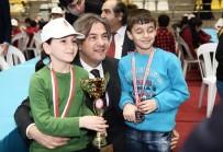 SATRANÇ FEDERASYONU - Beyoğlu Okullar Arası Satranç Turnuvası'nın Galipleri Belli Oldu