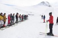 HAKKARI VALILIĞI - Geleceğin Kayakçıları Hakkari'de Yetişiyor