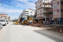 MOLLA FENARI - Karaman'da Belediyenin Kaldırım Çalışmaları