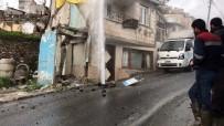 KANALİZASYON ÇALIŞMASI - Beyoğlu'nda Patlayan İsale Borusundan Yükselen Su Evlerin Boyunu Geçti