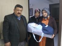 KALP HASTALARI - Doktorların 'Ölür' Diyerek Kürtajla Alınmasını Önerdiği Bebek Dünyaya Geldi