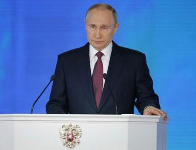 Putin: Dünyanın neredeyse her noktasını vurabilecek füze geliştirdik