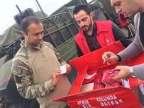AHMET KESKIN - Sınırdaki Mehmetçiğe Al Bayrak Ve Mektup