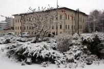 METEOROLOJI GENEL MÜDÜRLÜĞÜ - Sivaslılar Mart'a Kar Yağışıyla Girdi