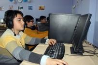 ÜSTÜN ZEKALI - Siverekli Öğrenciler Hayal Ettikleri Oyunları Kendileri Tasarlıyor