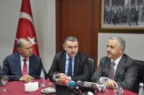 ARTVİN BELEDİYESİ - Ulaştırma Denizcilik Ve Haberleşme Bakanı Arslan Artvin'de