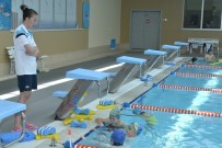 SU SPORLARI - Yüzme Antrenörleri Bilgilerini Tazeledi